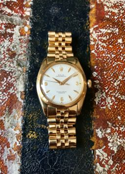 Rolex The yellow gold 3-6-9 Ovettone ref. 6098 16